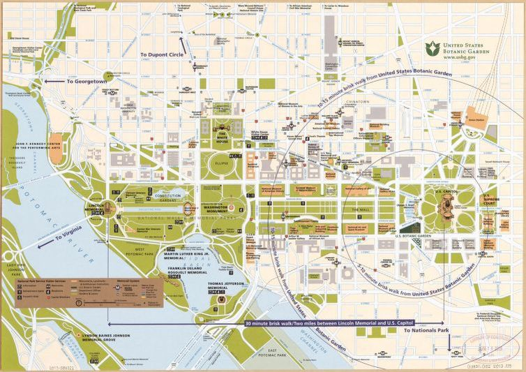 Street map of central Washington D.C. showing parklands and all ...