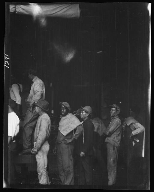 Group of laborers, New Orleans or Charleston, South Carolina