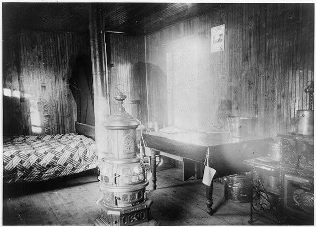 Interior view of homestead dwelling, Jan. 23, 1904