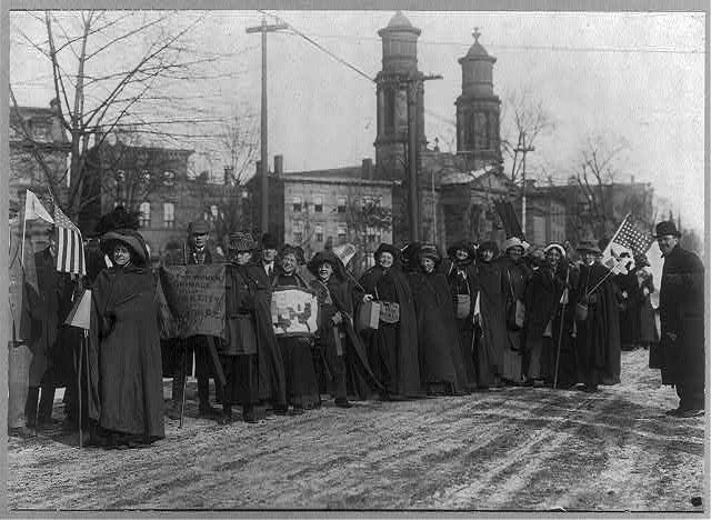 Suffragettes - March to Wash. D.C. 1913.