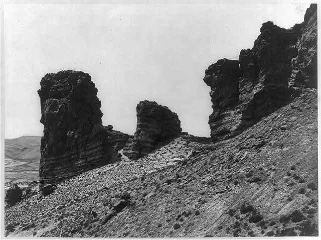 Buttes near Green River City, Wyoming