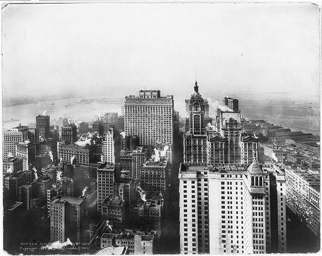 [Bird's-eye view of] New York south from Woolworth Bldg.
