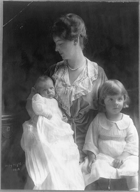 [Mrs. Theodore Roosevelt, Jr., three-quarter length portrait, seated, facing left, with two small children]