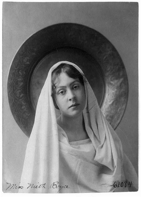 [Neith Boyce Hapgood, half-length portrait, facing front, wearing shawl over head and shoulders]