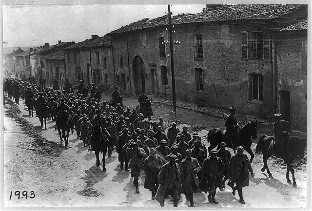 Bringing in French prisoners in a suburb of Verdun, World War 1914-1918