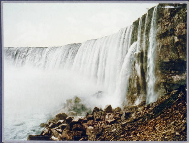 Horseshoe Falls from Table Rock, Niagara, New York