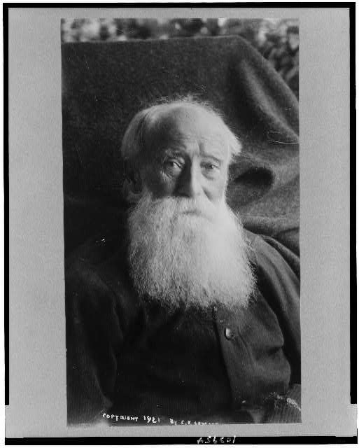 Facing the mystery. The last photographs of John Burroughs