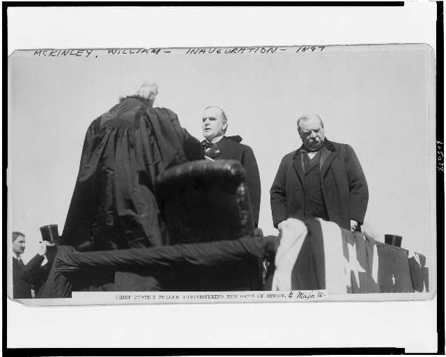 Chief Justice Fuller administering the oath of office to Major M[cKinley]