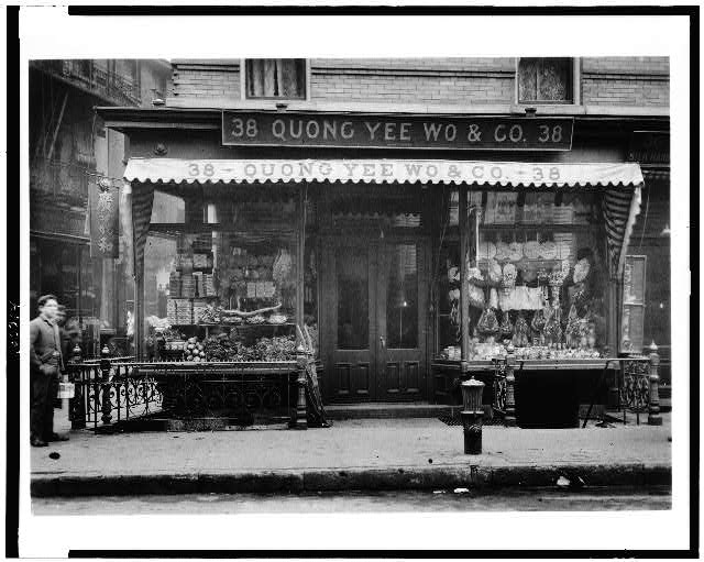 [Store front of Quong Yee Wo & Co., Chinatown, New York City]