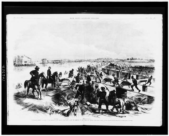Contrabands building a levee on the Mississippi river, below Baton Rouge, under the direction of Capt. Hodge, Gen. Augur's staff - Baton Rouge in the distance