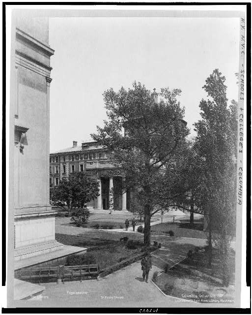 Columbia University 1907.  Looking north east from library abutment