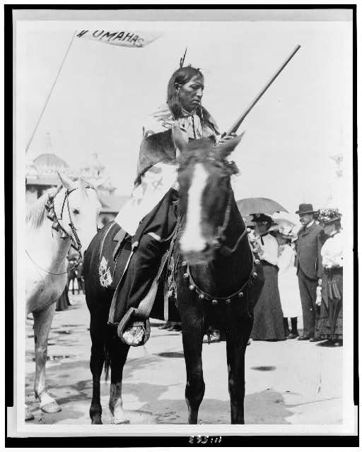 [Indian, holding gun, on horse, at the Pan-American Exposition, Buffalo, New York]