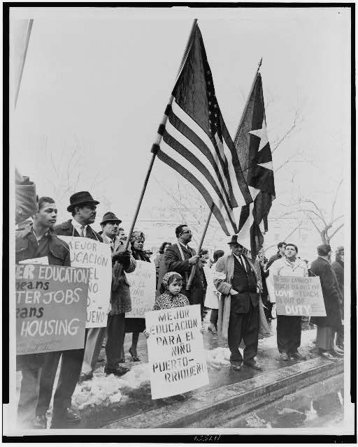 [Puerto Ricans demonstrate for civil rights at City Hall, New York City]