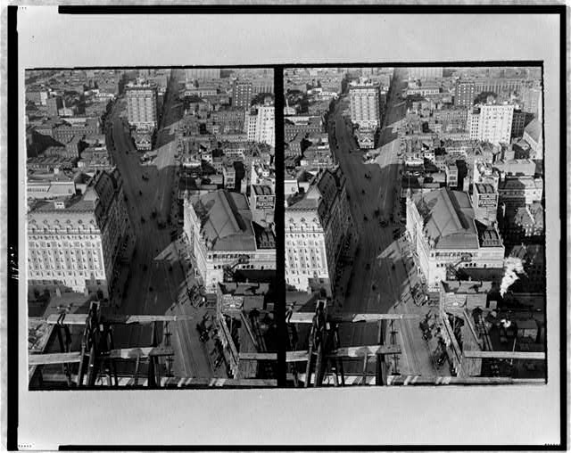 [Stereograph showing aerial view of New York City street]