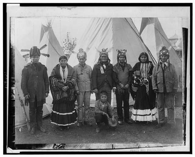 Geronimo and Apaches at the St. Louis Fair