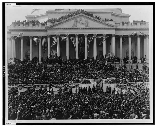 [Crowd at inauguration of Theodore Roosevelt]
