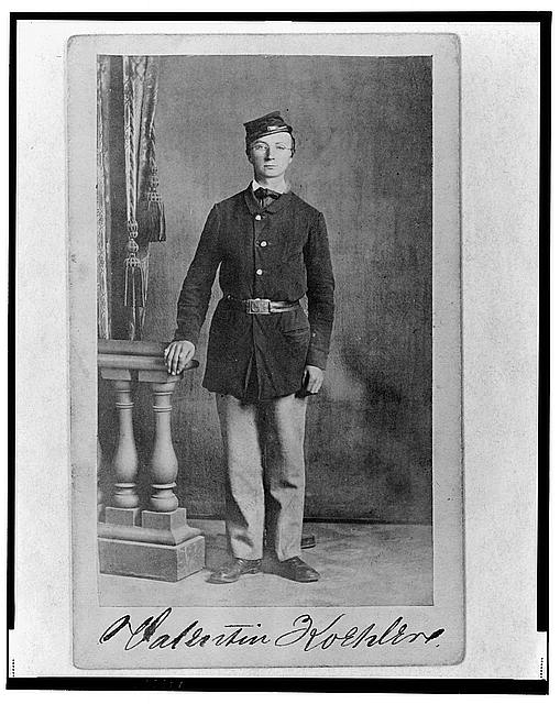 [2nd Lieutenant Valentine Koehler, Union officer in the 32nd Indiana Regiment, full-length portrait, standing, facing front]