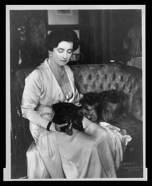 [Lady Lucy Duff-Gordon, three-quarter length portrait, seated, facing right, with lapdogs]
