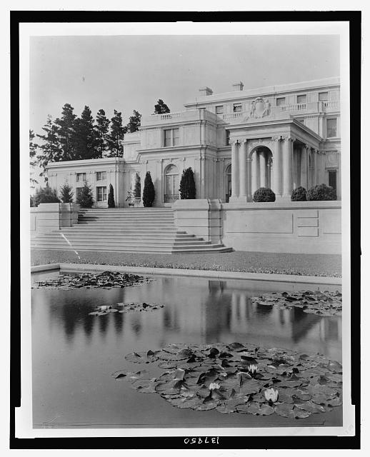 "[""Uplands,"" Charles Templeton Crocker house, 400 Uplands Drive, Hillsborough, California. View to reflecting pool]"