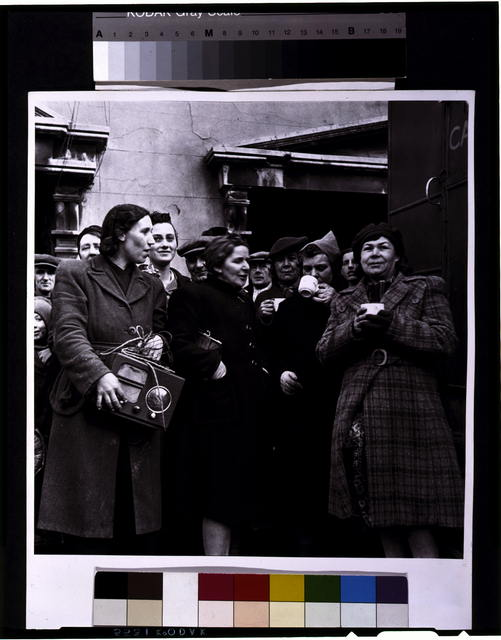 [Battersea incident, England, January 1945--A.W.V.S. canteen serves hot coffee]