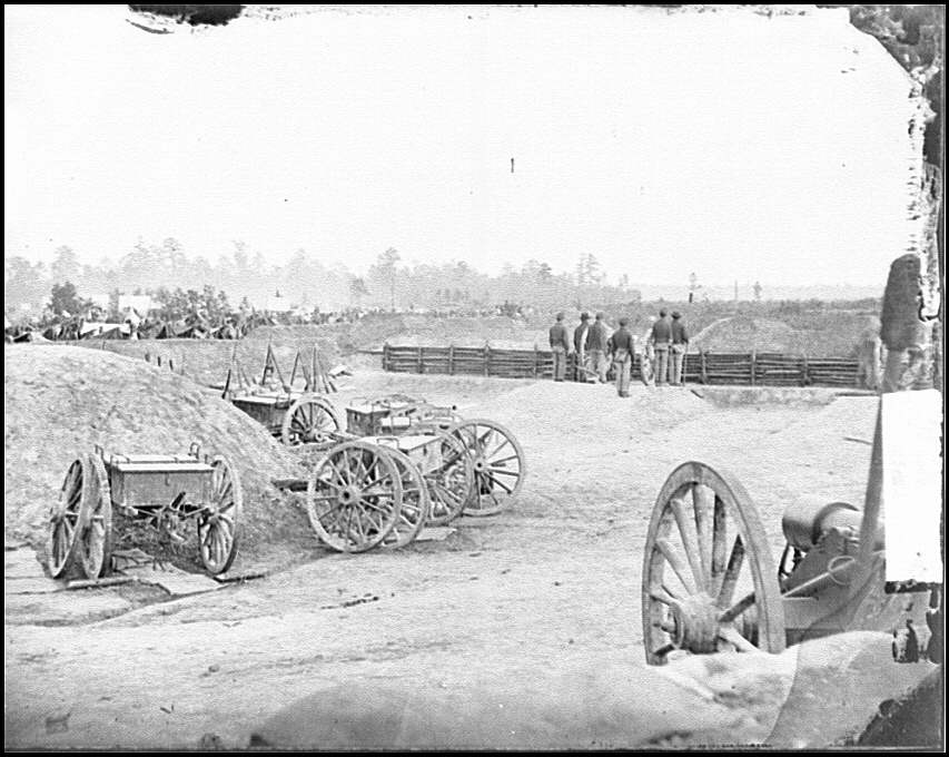 [Fair Oaks, Va., vicinity. Fort Richardson and adjacent encampment]