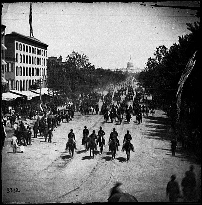 [Washington, D.C. Another artillery unit passing on Pennsylvania Avenue near the Treasury]