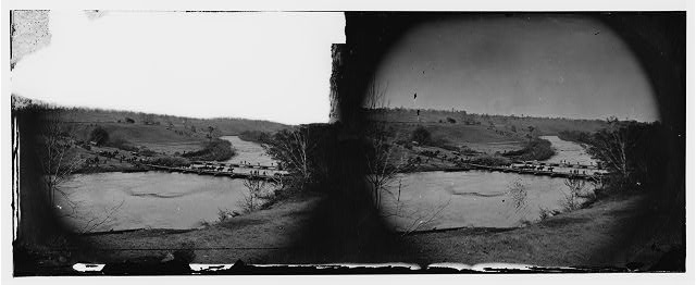 [Germanna Ford, Rapidan River, Va. Artillery crossing pontoon bridges]