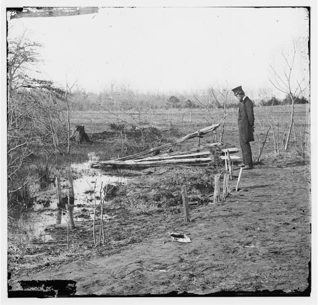 Bull Run, Virginia. Soldier's graves