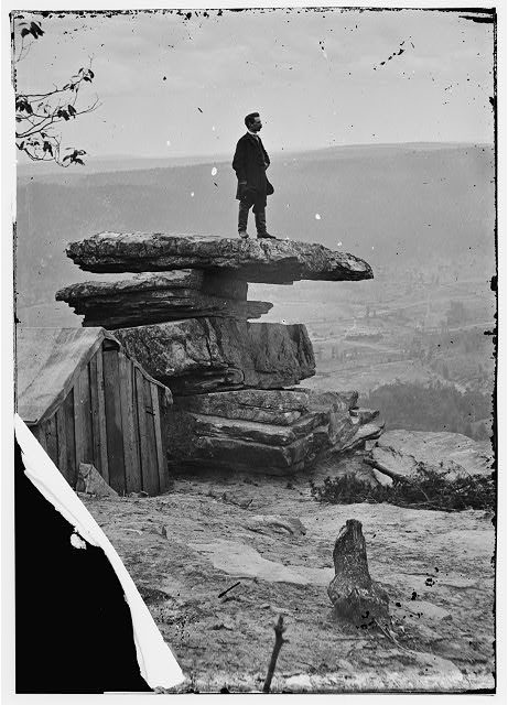 Chattanooga, Tennessee (vicinity). View of Umbrella Rock, Lookout Mountain