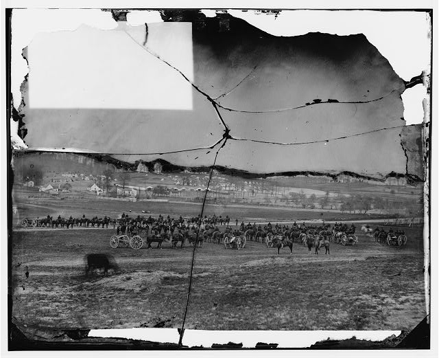 [Washington, D.C., vicinity. 17th New York Battery, with horses harnessed to guns]