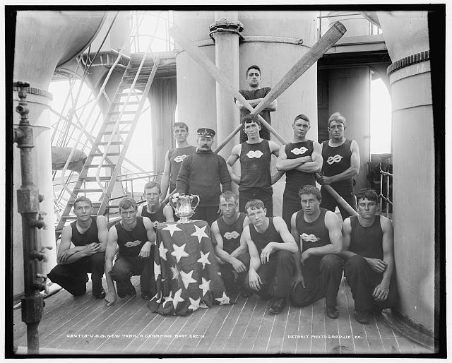 U.S.S. New York, a champion boat crew