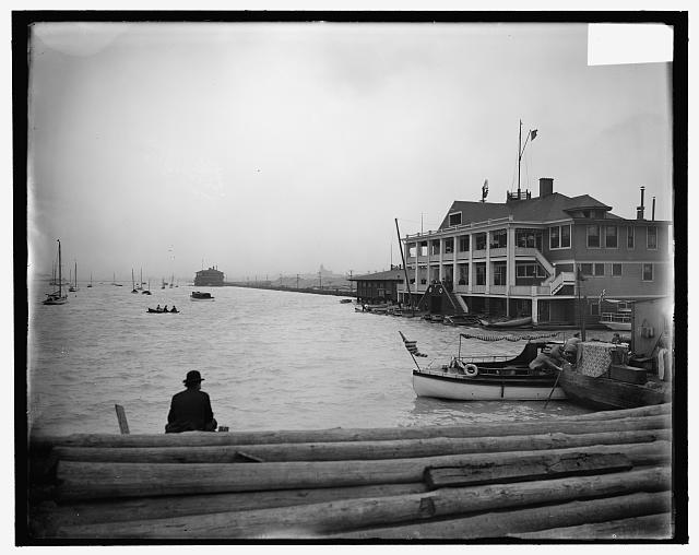 [Columbia Yacht Club, Chicago, Ill.]