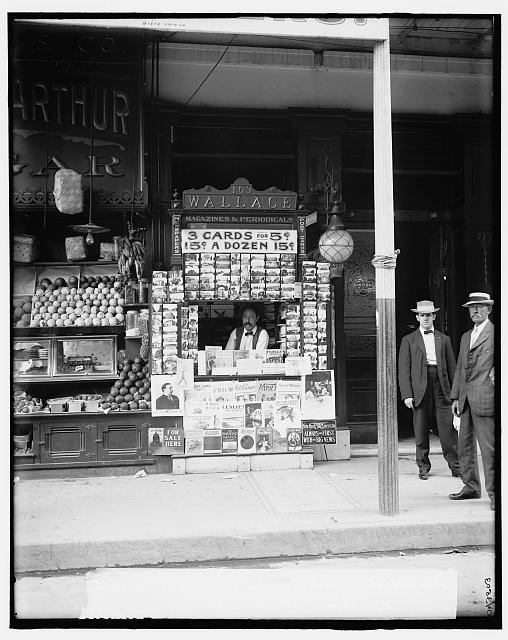 Smallest news & post card stand in New Orleans, La., 103 Royal Street