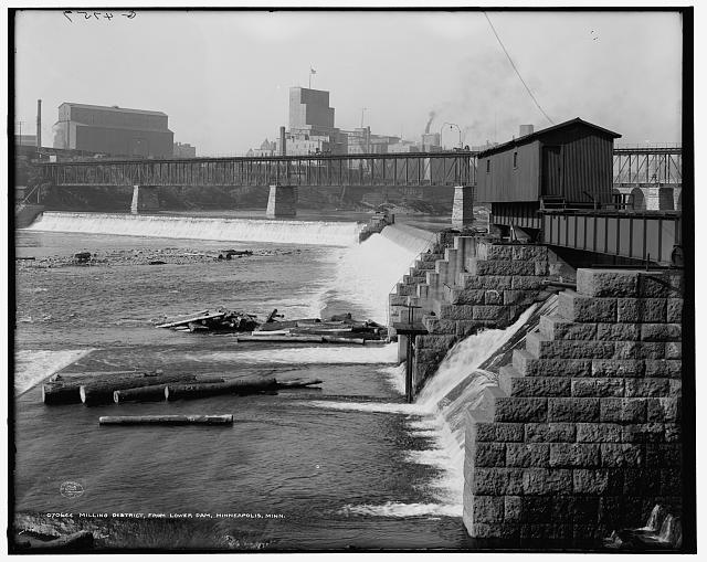 Milling district, from lower dam, Minneapolis, Minn.