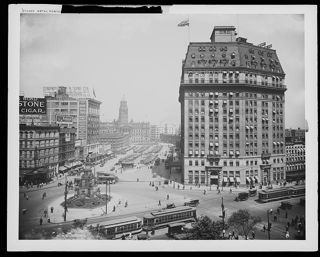 Hotel Pontchartrain and Campus [i.e. Cadillac Square] from City Hall, Detroit, Mich.
