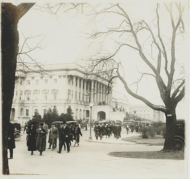 Members of Congress leaving the U.S. Capitol after the closing of Congress