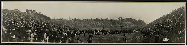 Final game, White Autos vs. Johnstown, Pa., Brookside Stadium, Cleveland, Oct. 3, 1915
