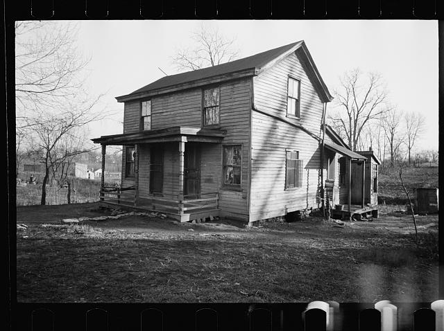 "[Untitled photo, possibly related to: ""Blight house,"" Hamilton County, Ohio]"