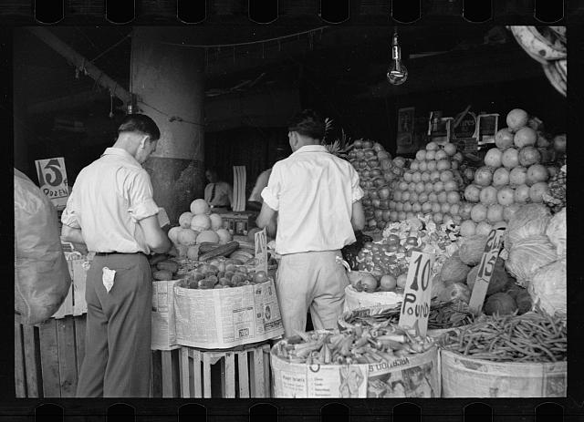 Marketplace in the French quarters of New Orleans, market for Resettlement Administration's rehabilitation clients