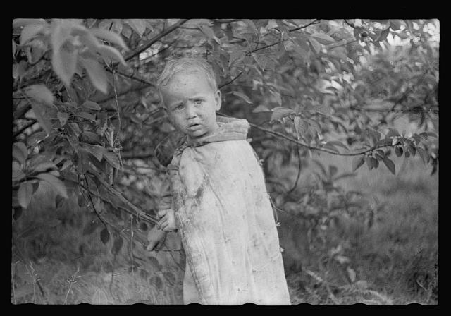 Child of migrant berry pickers, Berrien County, Mich.