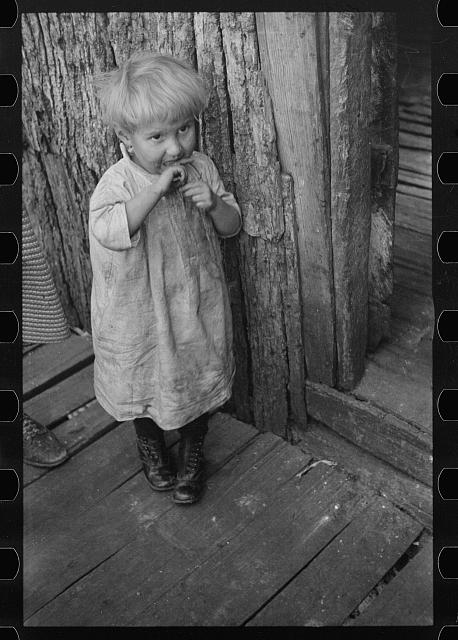 [Untitled photo, possibly related to: Child living in Corbin Hollow, Virginia]