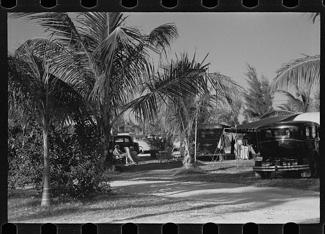 [Untitled photo, possibly related to: Scene in an auto trailer camp near Dania, Florida, where 200 cars are encamped. This is one of the better trailer camps in Florida. The rates are $5.00 a week, including electricity]