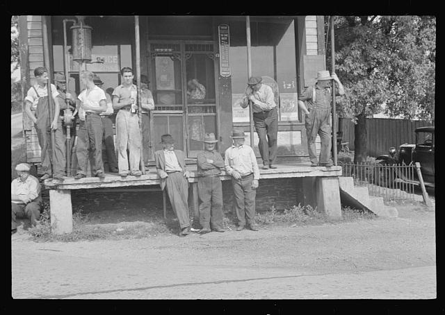 Prospective homesteaders, in front of post office at United, Westmoreland County, Pennsylvania