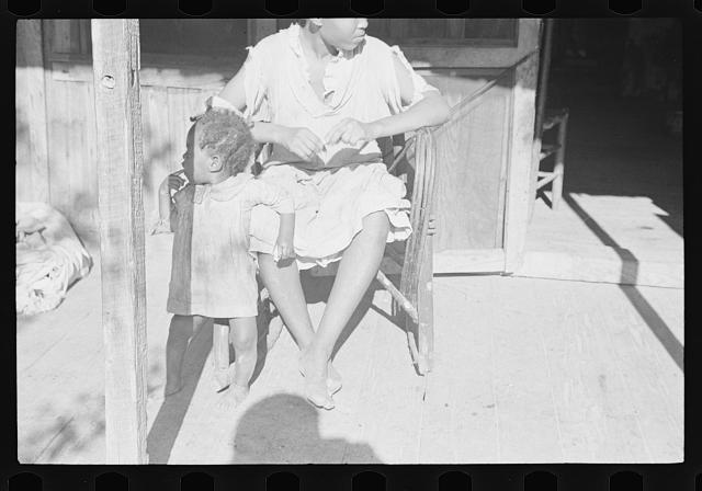 [Untitled photo, possibly related to: Family of Negro sharecropper, Little Rock, Arkansas]