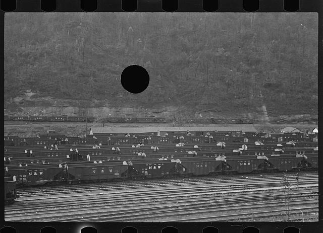 [Untitled photo, possibly related to: Railroad yard at Williamson, West Virginia]