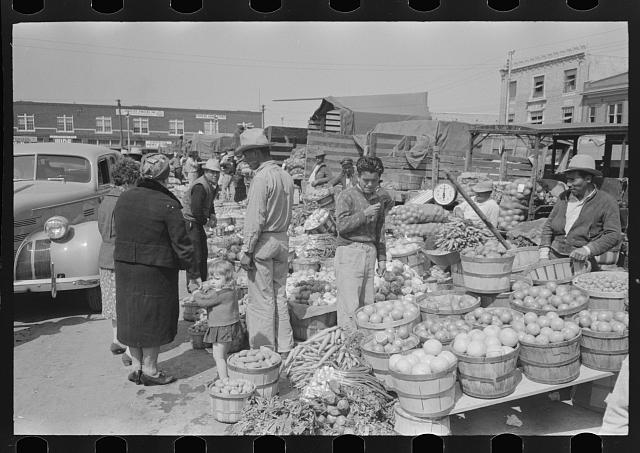 Fruit and vegetable market, San Antonio, Texas