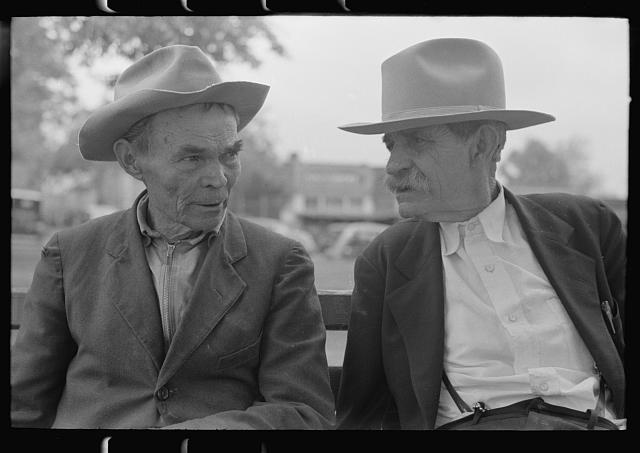[Untitled photo, possibly related to: Old timers in front of courthouse, San Augustine, Texas]