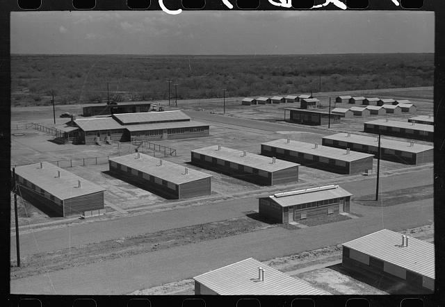 Migratory labor camp, Sinton, Texas