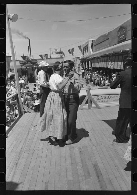 [Untitled photo, possibly related to: Native Spanish-American dance at fiesta, Taos, New Mexico]