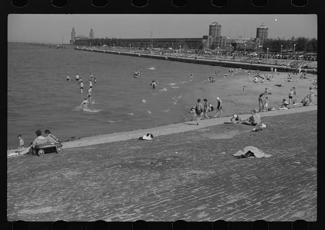 [Untitled photo, possibly related to: Ohio Street bathing beach. Chicago, Illinois]